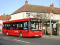 Travel London ES401 on Route 152