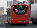 Travel London ES402 on Route 152